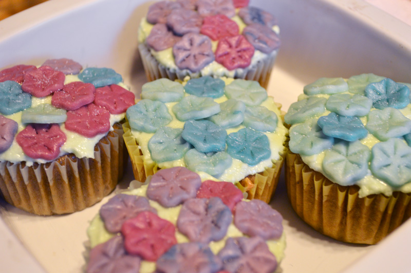 Earl Gray Hydrangea Cupcakes with Marzipan Flowers