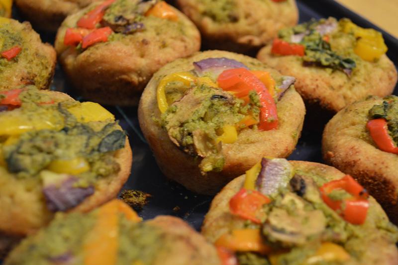 Deep-Dish Pesto Veggie Pizza Muffins