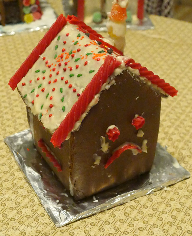 Billy's vegan gingerbread house