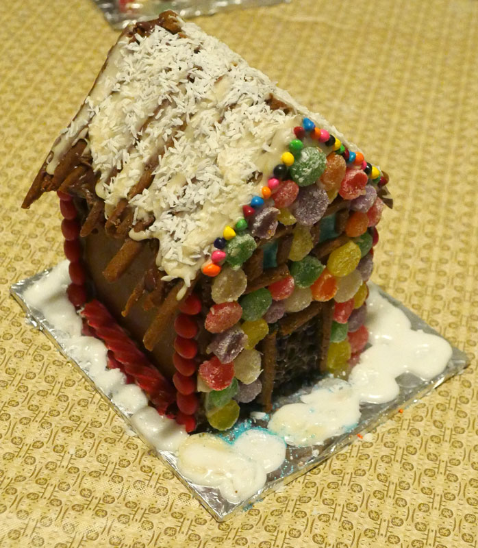 Lauren's vegan gingerbread house