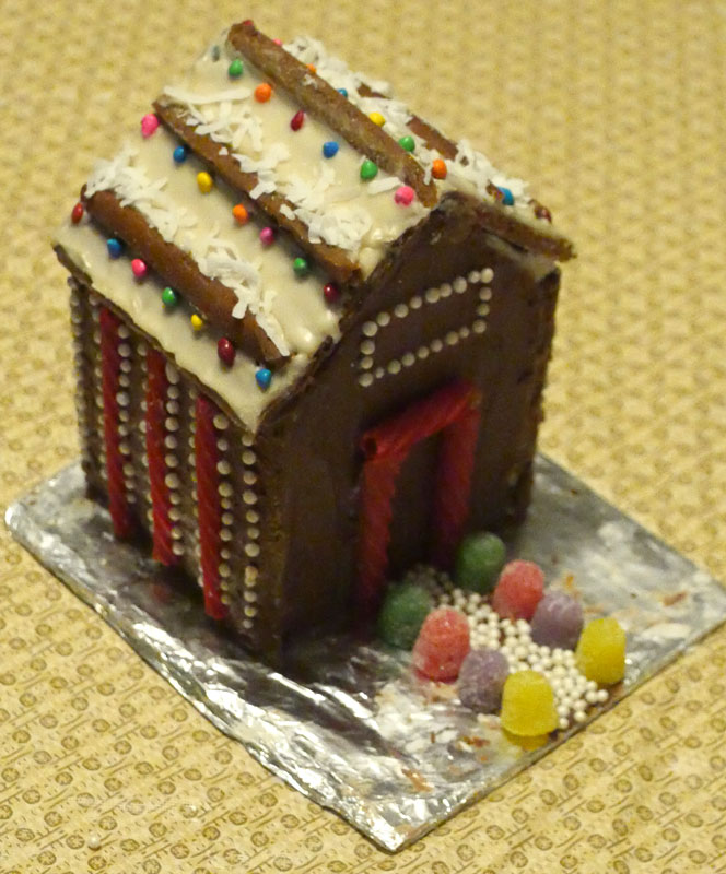Taylor's vegan gingerbread house