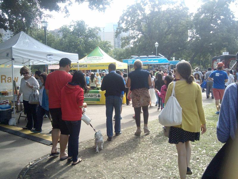 crowd at Texas Veggie Fair