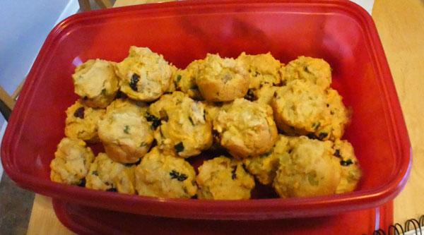 veganized mini herb muffins