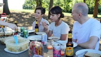 vegan picnickers