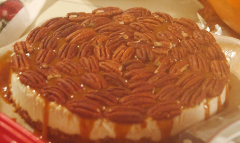 vegan caramel pecan cheesecake