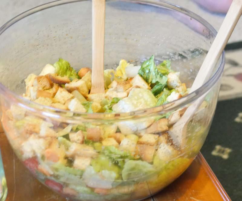 Caroline's vinaigrette salad