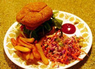 vegan bacon cheeseburger