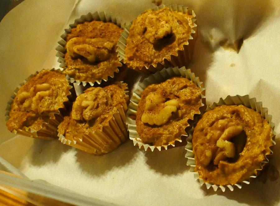 vegan mini pumpkin tarts
