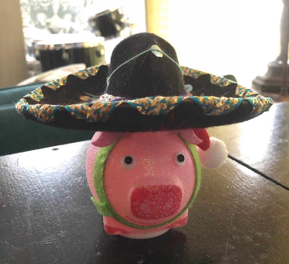 sombrero pig