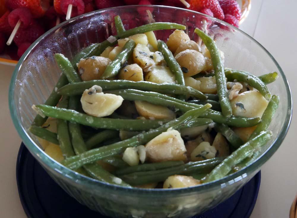 vegan potato and green bean salad