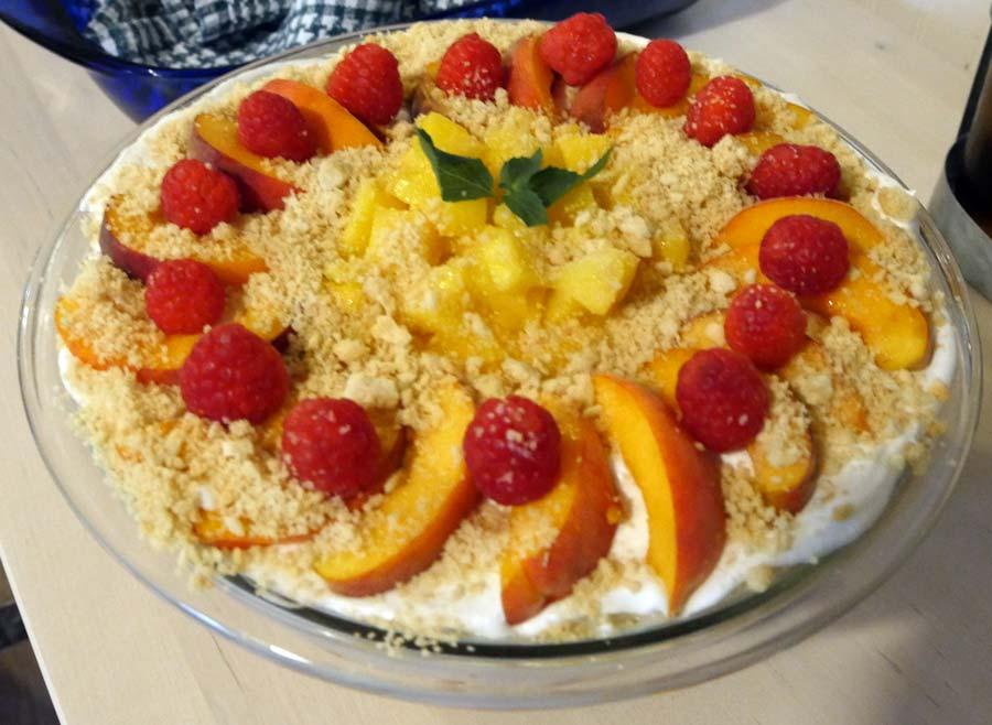 vegan vanilla fruit parfait