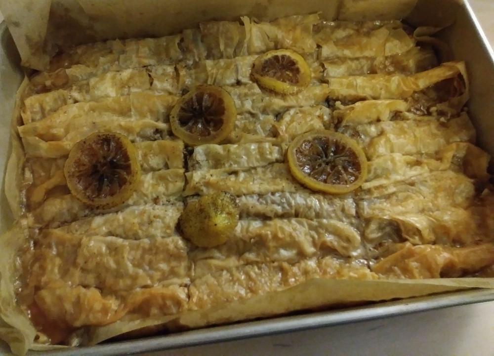 vegan baklava rolls