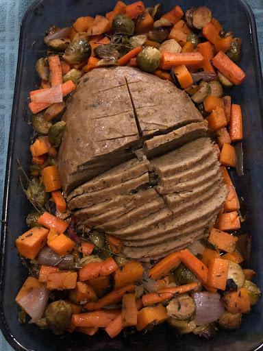 Ramon's seitan roast