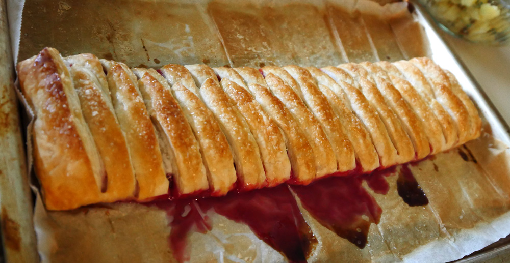 red berry strudel